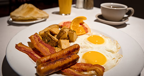 enjoy our delicious, deluxe breakfast & start your day right at Best Western Plus